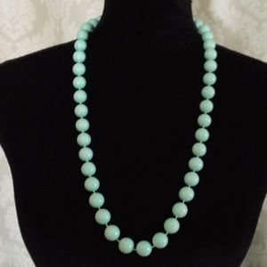 Vintage 70's Mint green color plastic beads